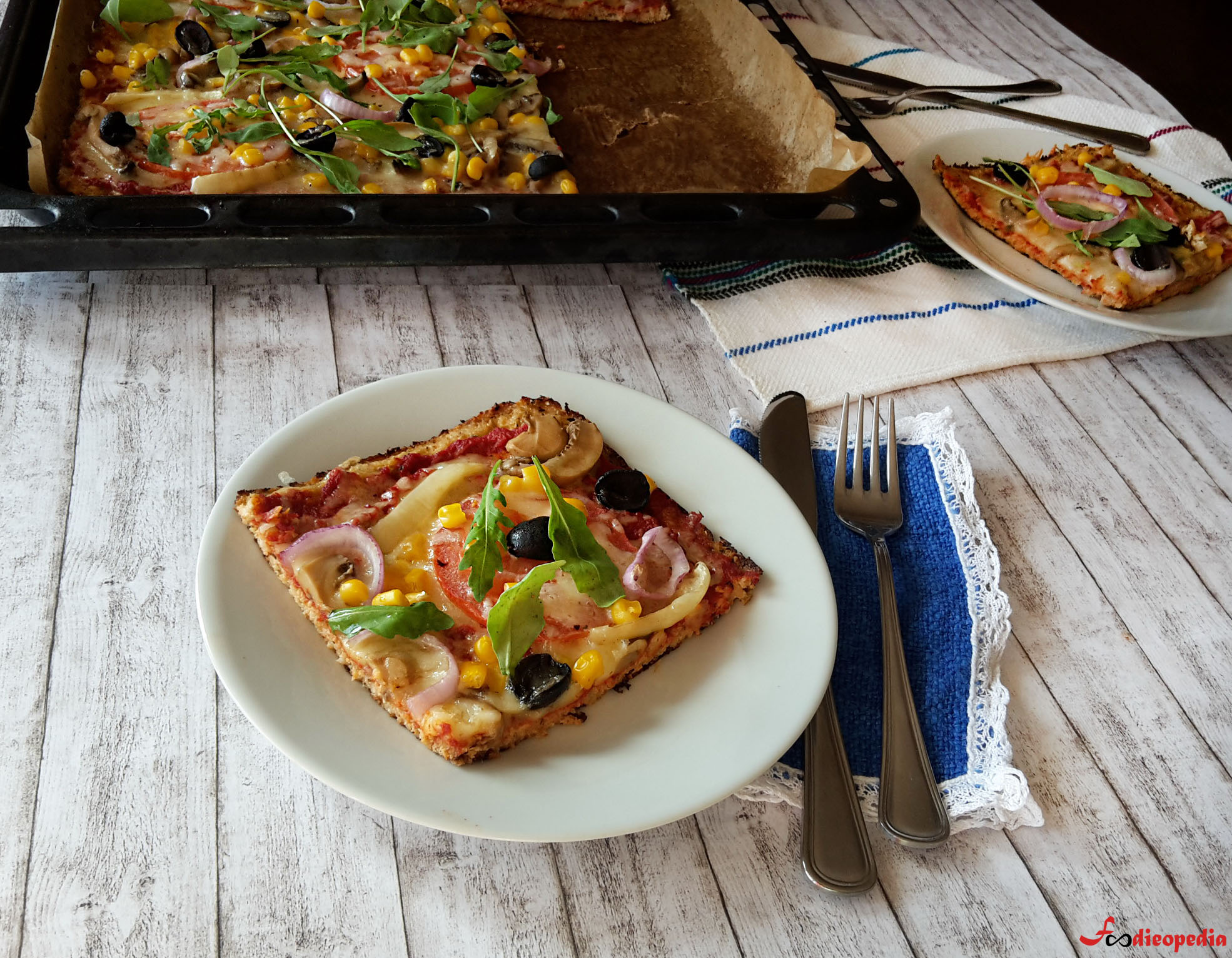 pizza cu crustă din conopidă