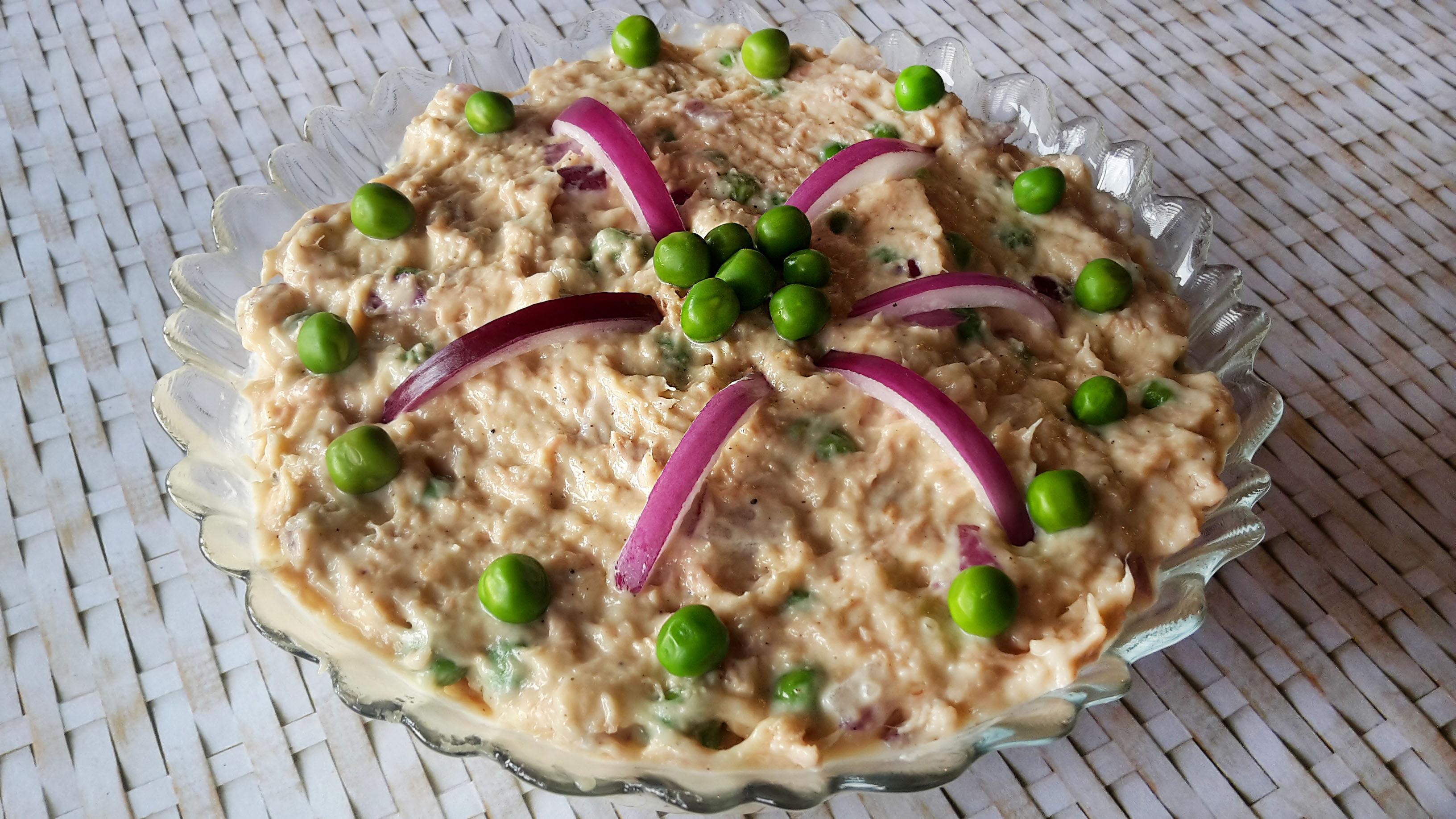 salata de ton cu mazare verde