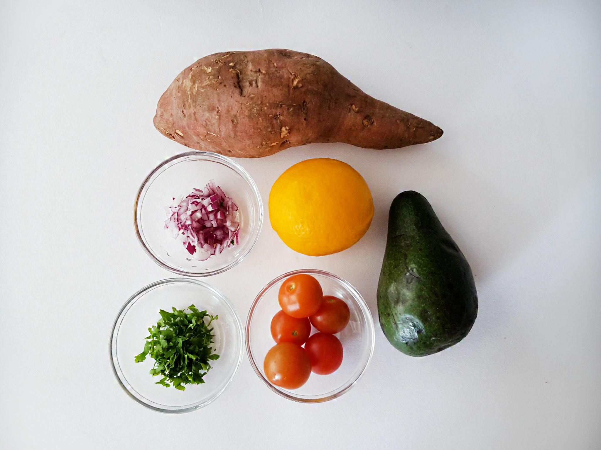 toast din cartof dulce cu guacamole