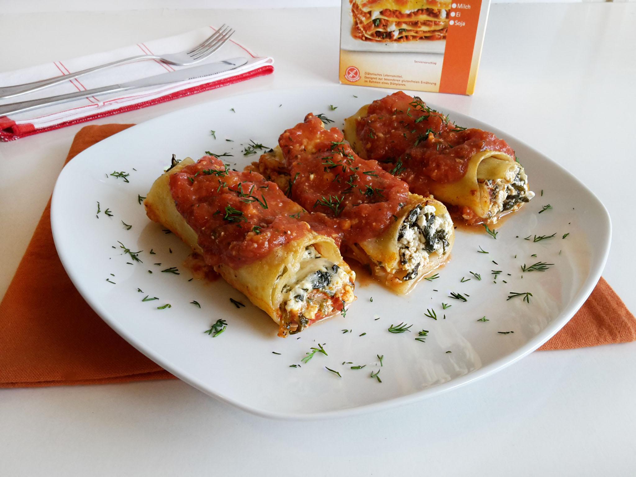 rulouri de lasagna umplute cu cottage cheese