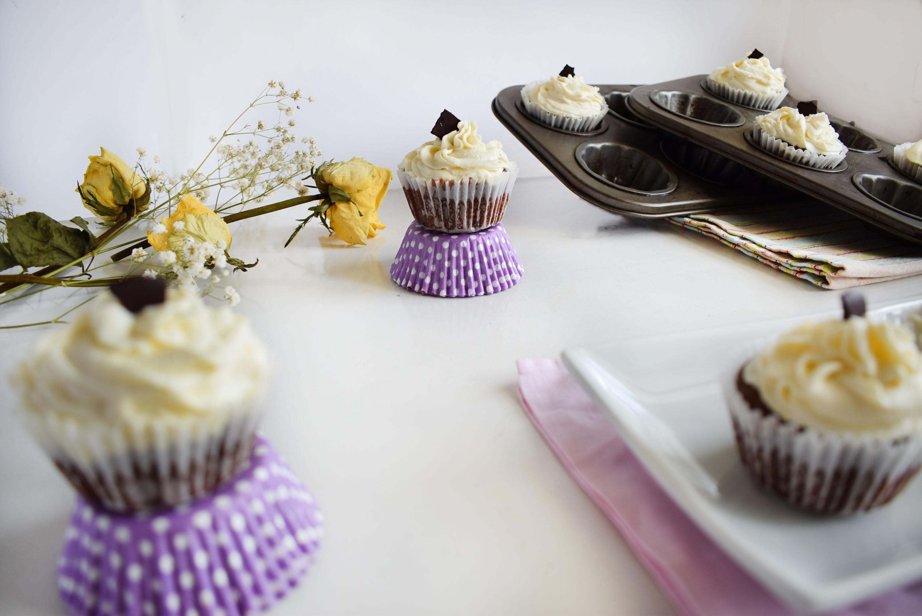 cupcakes cu ciocolata si cocos 4