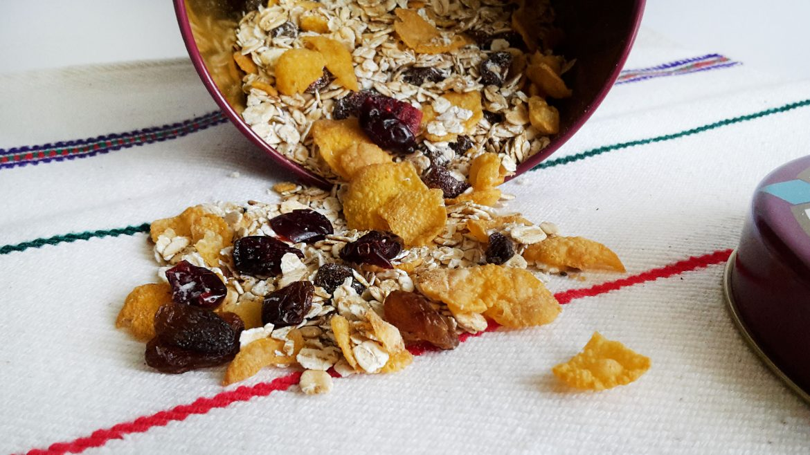 Homemade muesli for a perfect breakfast