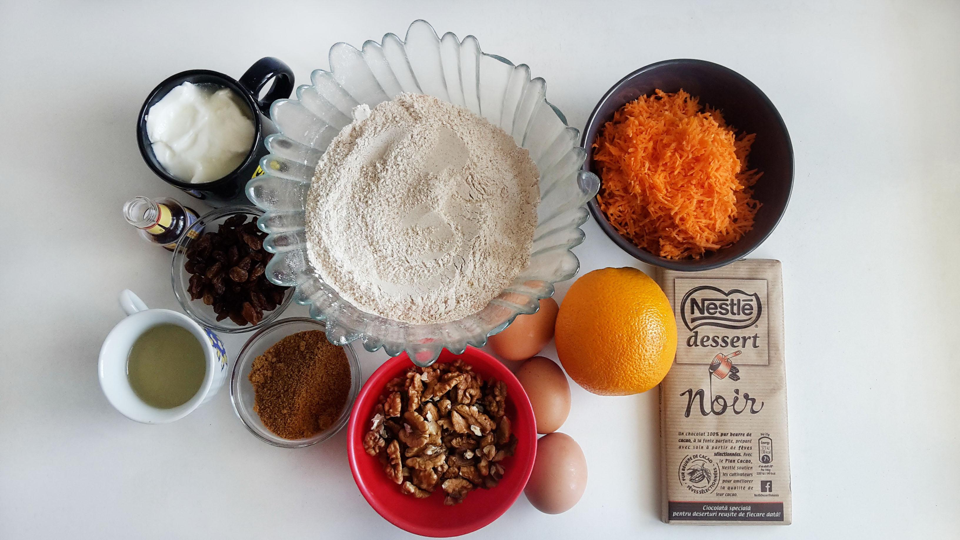 tort cu morcovi si glazura de ciocolata carrot cake with chocolate glaze 01