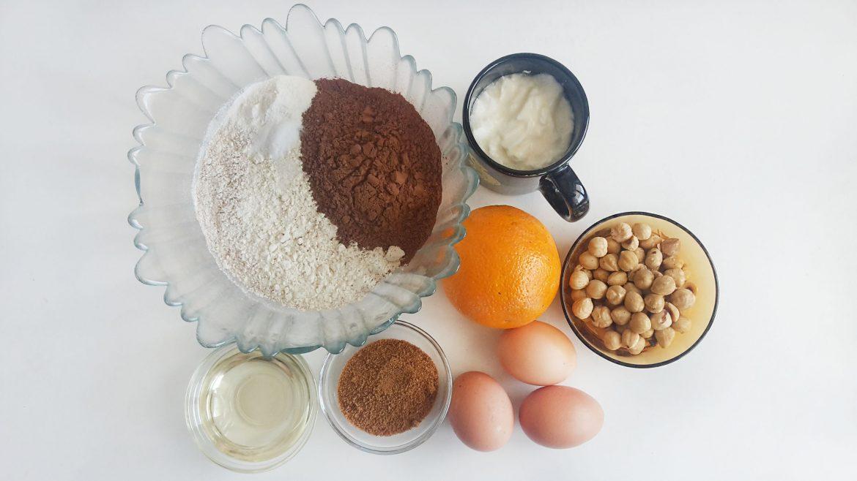 tort cu ciocolata si alune chocolate cake with hazelnuts