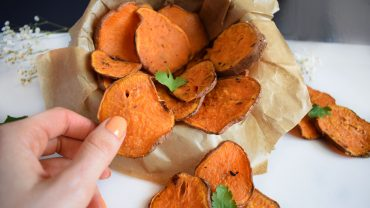 Oven baked sweet potato chips