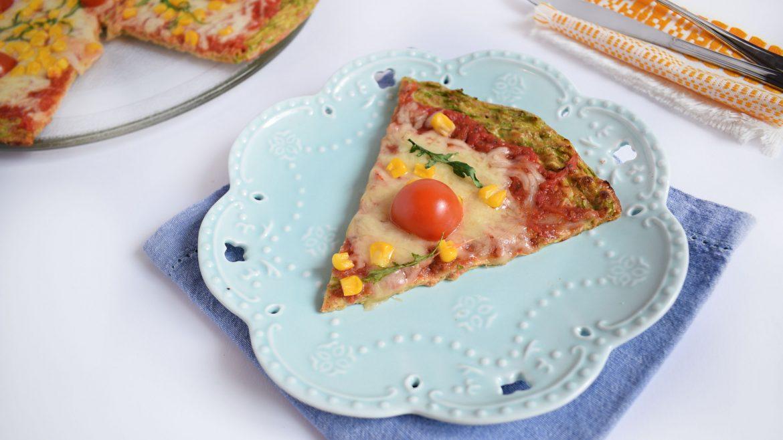 pizza cu crusta de dovlecei 5 - foodieopedia