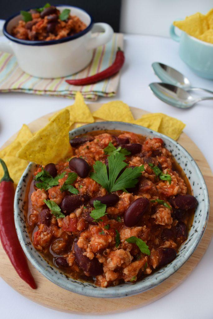 chili con carne de pui - foodieopedia