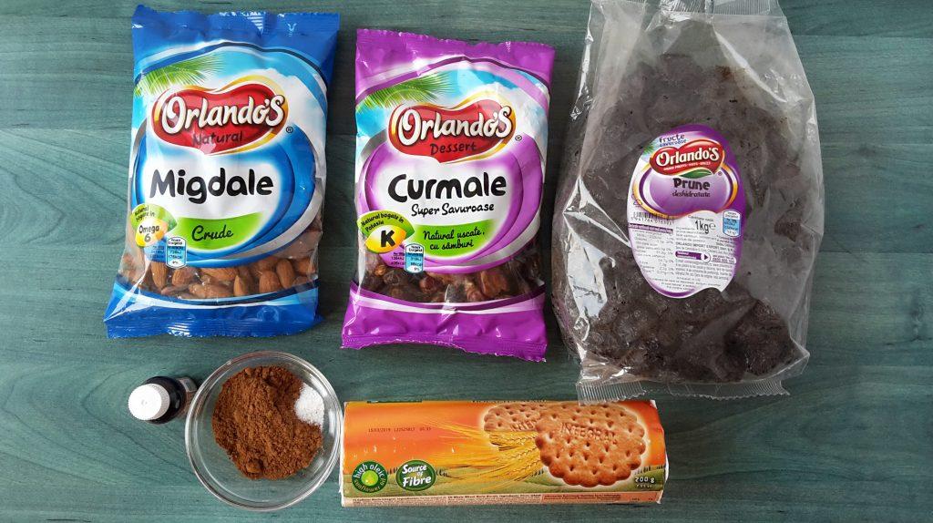 salam de biscuiti cu prune uscate si migdale - foodieopedia