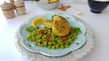 Cod fish cakes with zucchini