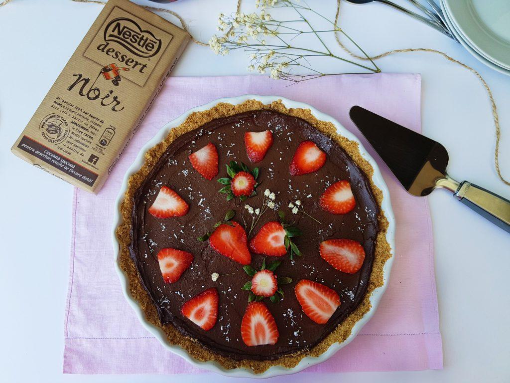 tarta cu crema de ciocolata si avocado