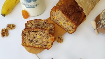 Banana bread with walnuts and dried apricots