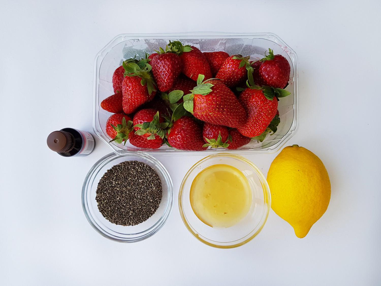 gem_de_căpșuni_cu_semințe_de_chia_-_foodieopedia_0_