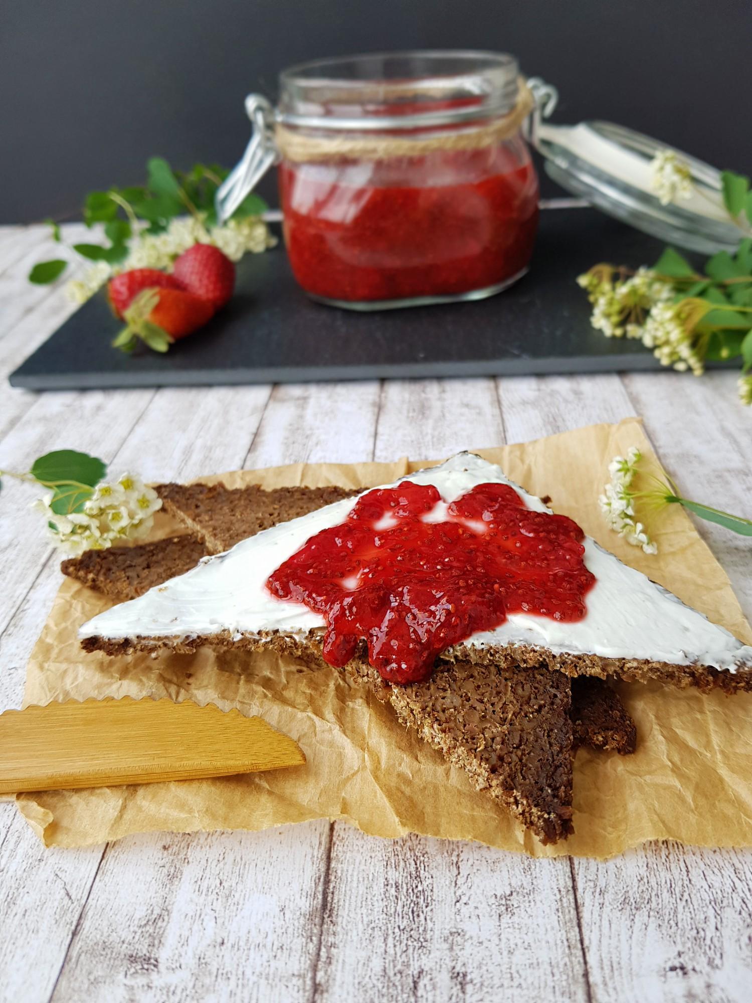 gem_de_căpșuni_cu_semințe_de_chia_-_foodieopedia_5_