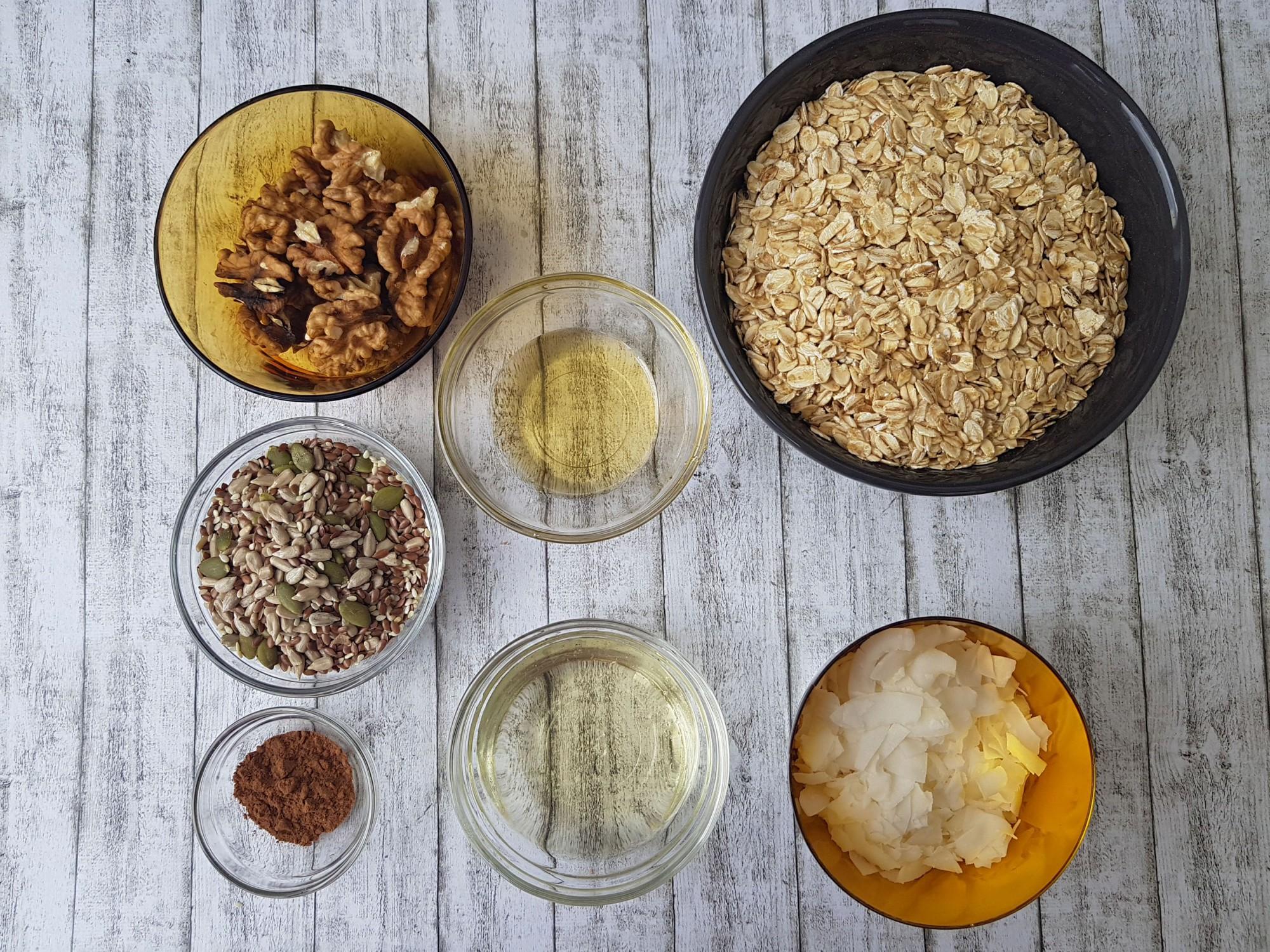 granola cu seminte si nuca