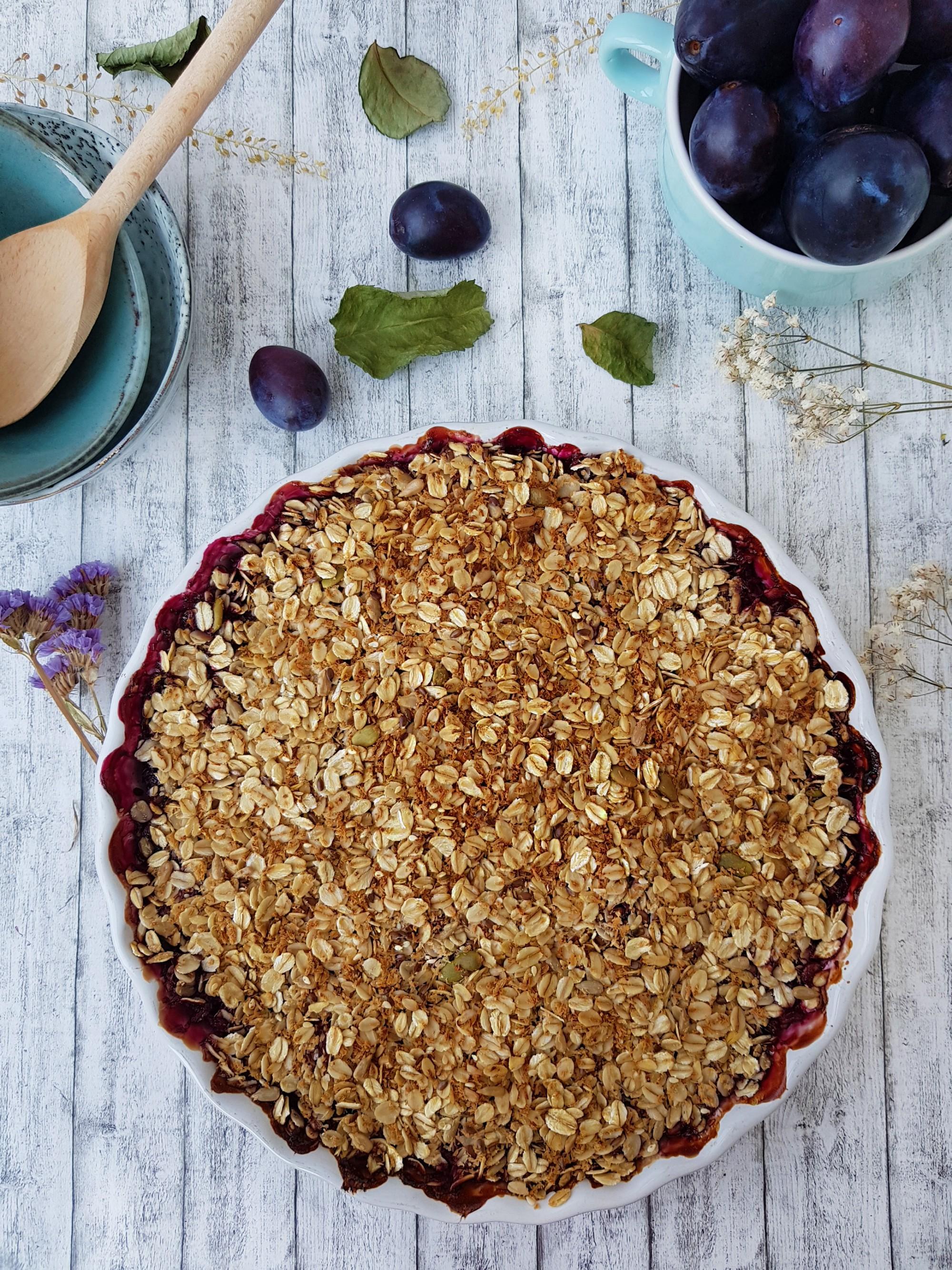 3.crumble cu prune fara zahar-foodieopedia