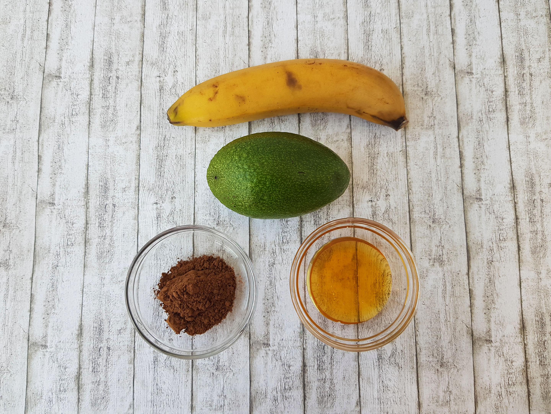 mousse de avocado cu ciocolata - foodieopedia