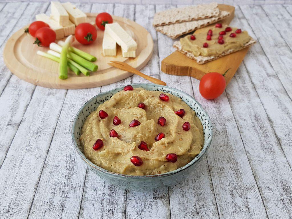 crema de vinete cu iaurt grecesc - foodieopedia