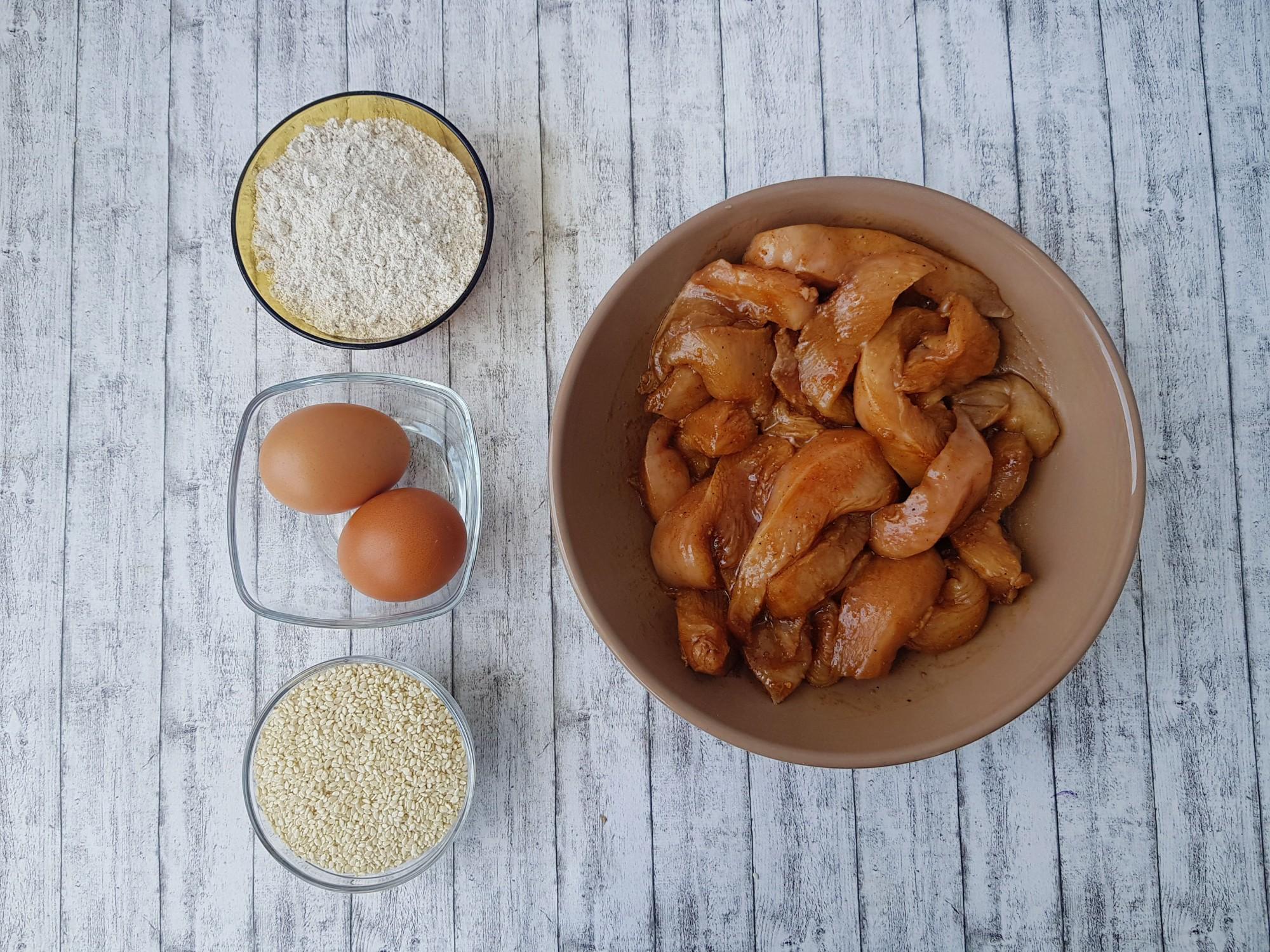 piept de pui în crustă de susan - foodieopedia