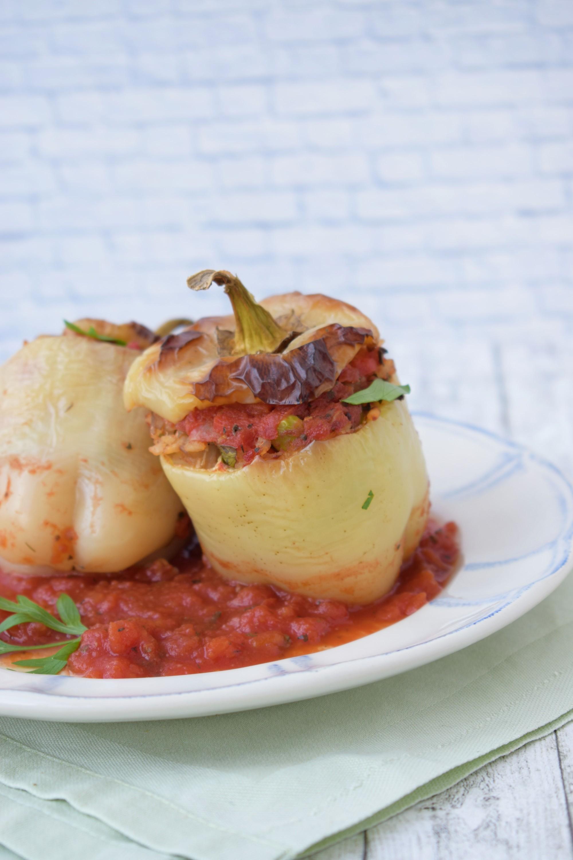 ardei umpluti cu orez si legume - foodieopedia.ro