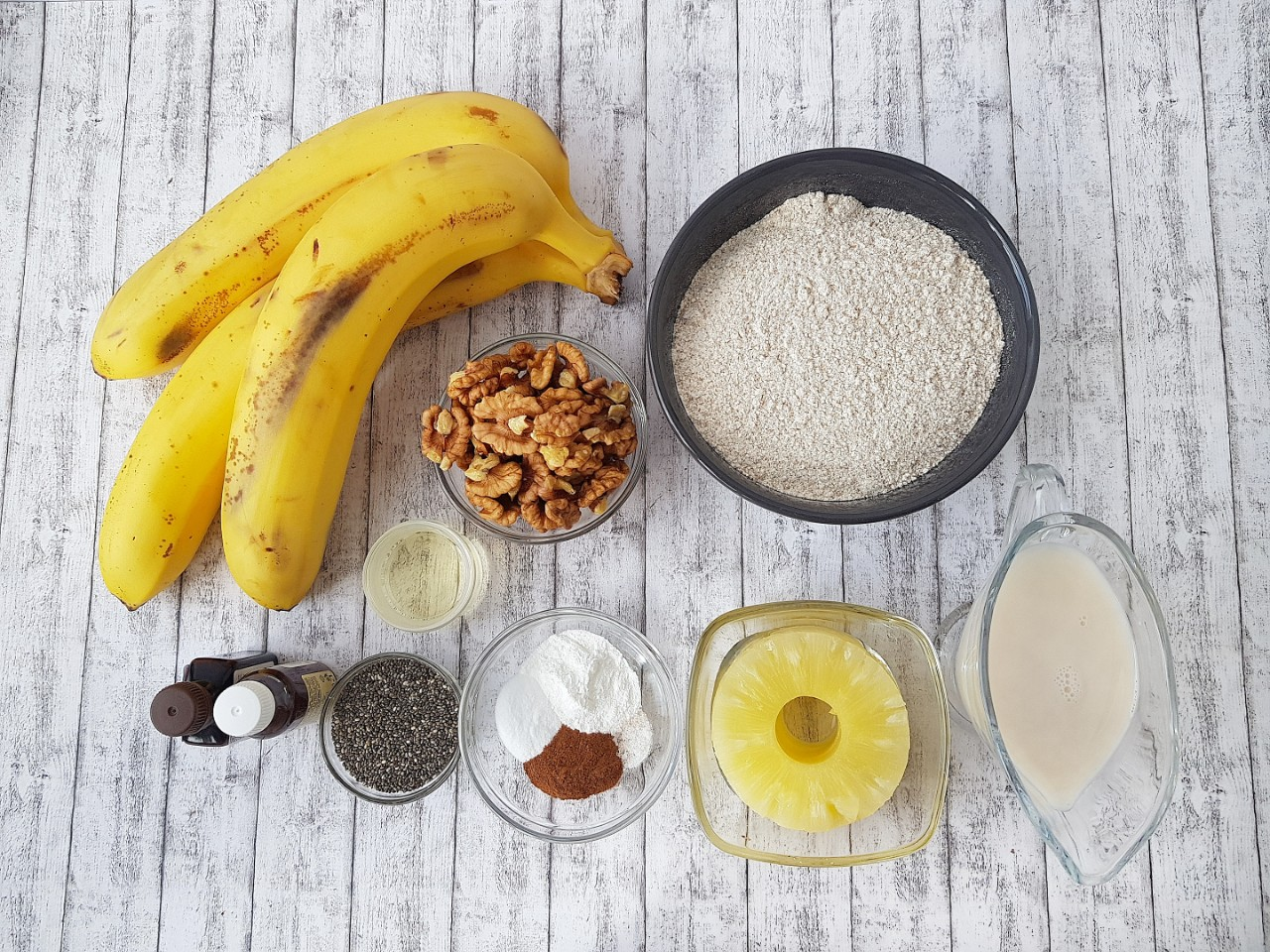 Banana Bread vegana de post fara zahar - foodieopedia.ro