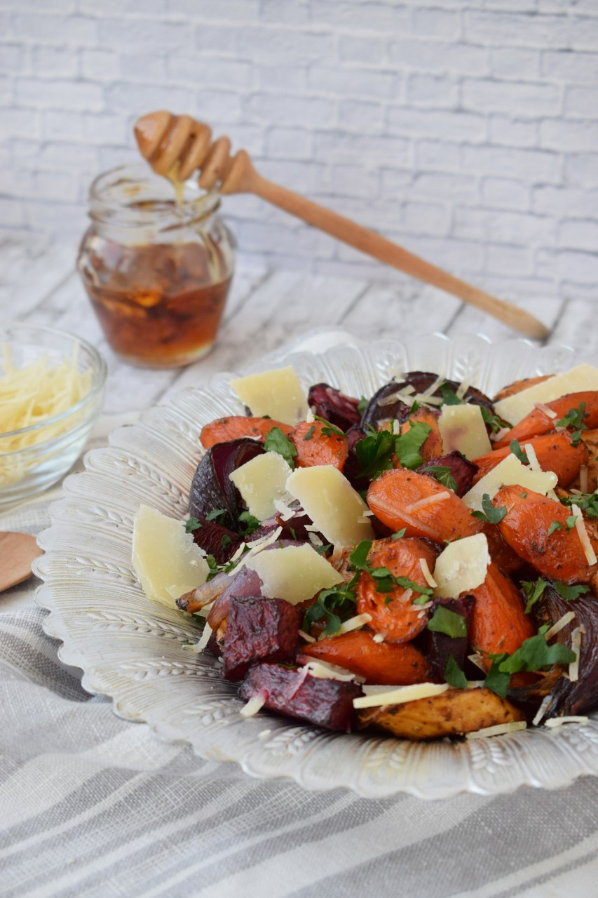Legume glazurate cu Grana Padano - foodieopedia.ro
