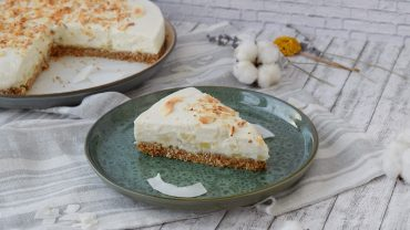 Cheesecake cu ananas si cocos