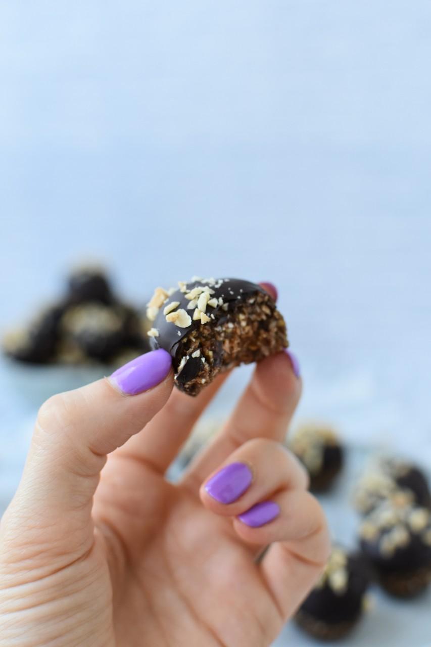 Bomboane Snickers - foodieopedia.ro