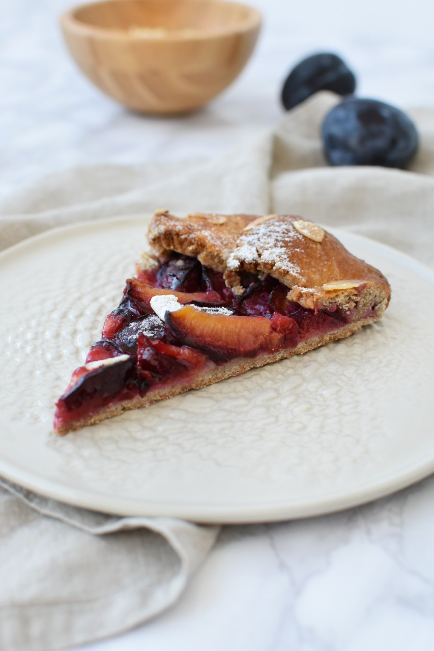 Galette cu prune - foodieopedia