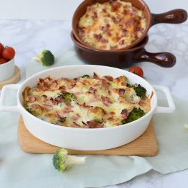 Broccoli gratinat cu bacon - foodieopedia