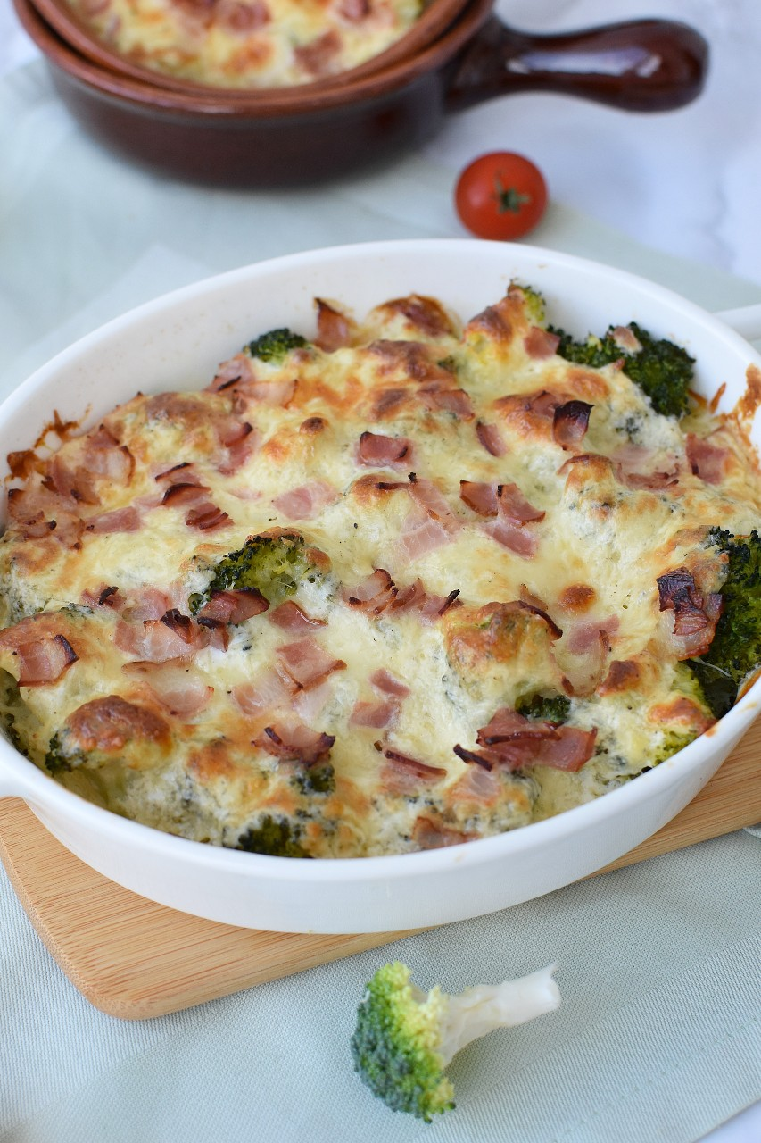 Broccoli gratinat cu bacon - foodieopedia