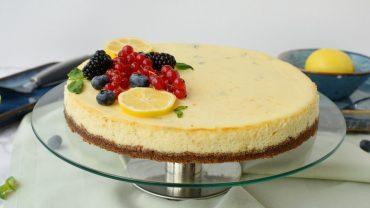 Cheesecake cu lamaie si busuioc