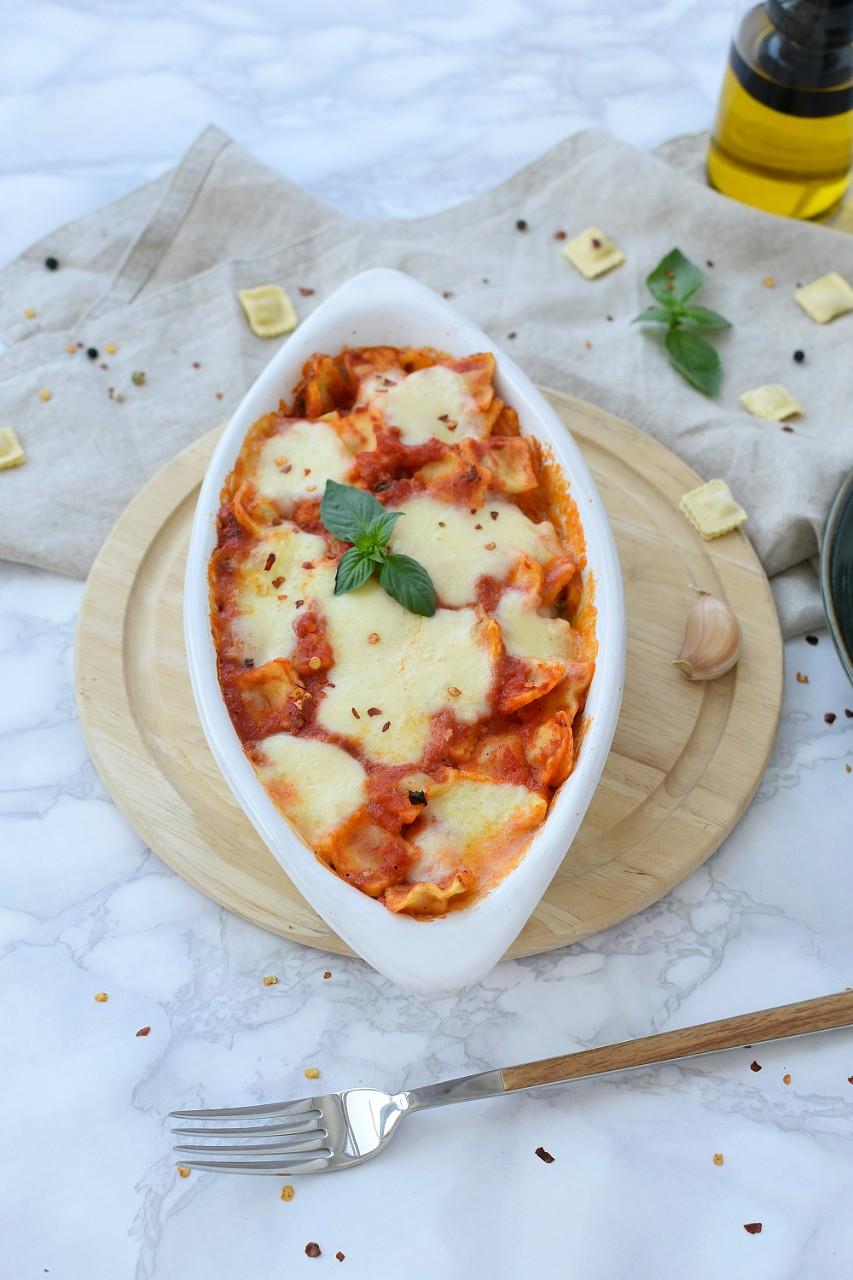 Ravioli la cuptor cu mozzarella - foodieopedia