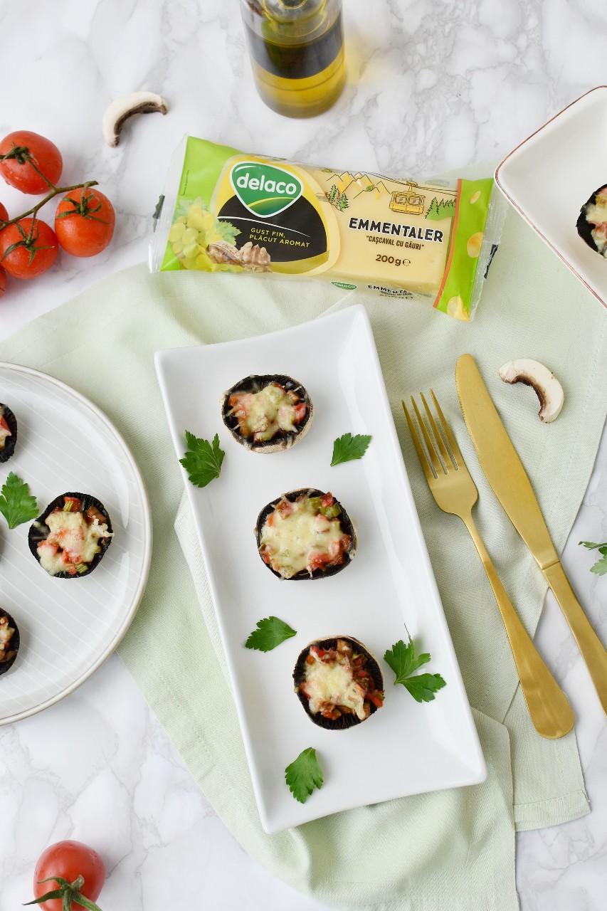 Ciuperci la cuptor cu branza emmentaler Delaco- foodieopedia
