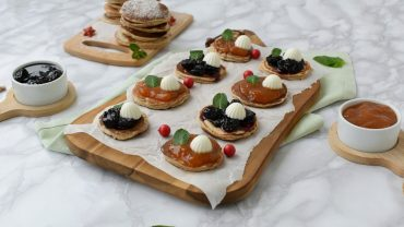 Mini-pancakes cu branza alba calcica