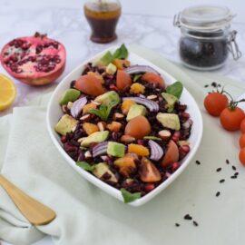 Salată cu orez negru - foodieopedia