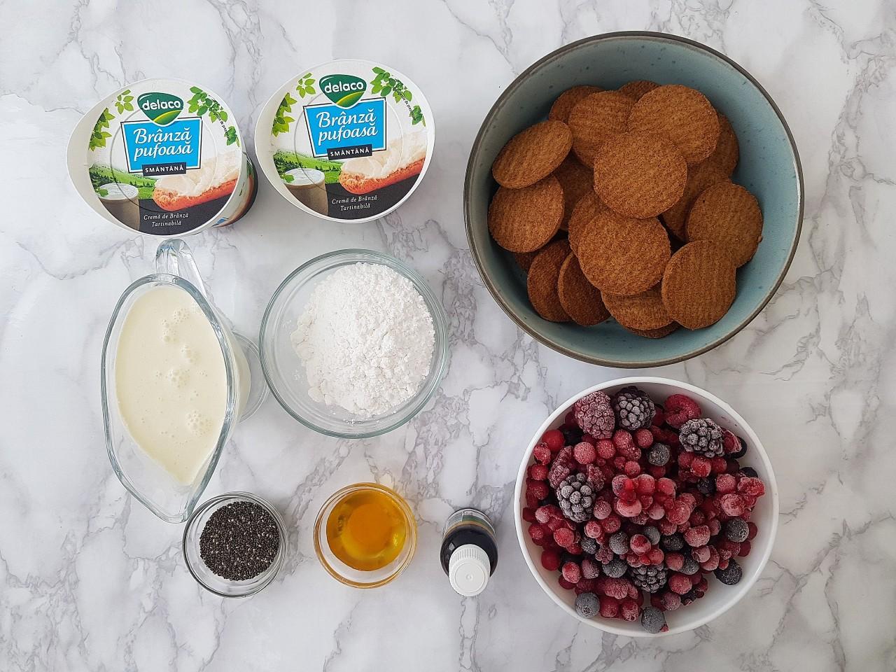 Cheesecake la pahar cu branza pufoasa - Foodieopedia.ro
